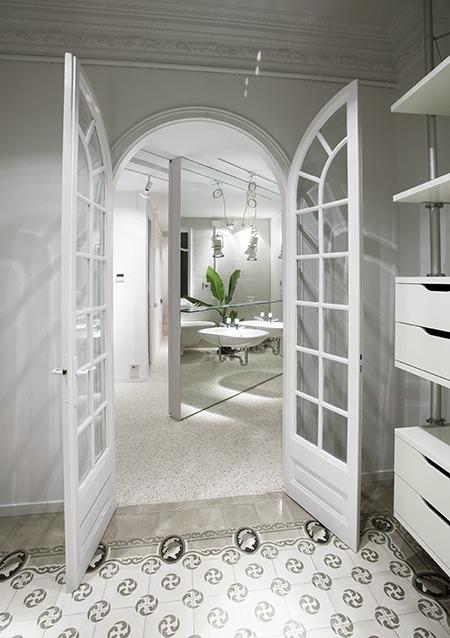 Baño Vestidor Moderno: espacioso, flexible, luminoso, acogedor y estéticamente muy moderno