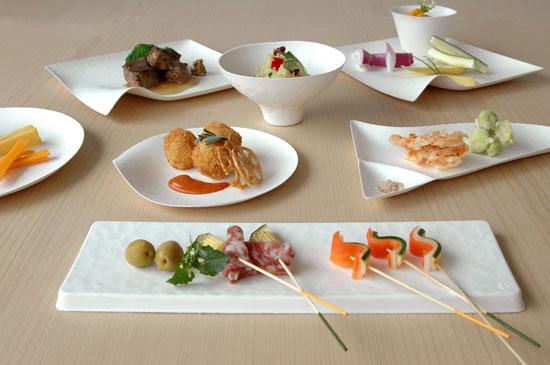 Paper plates platos desechables con estilo el tornillo for Vajilla oriental