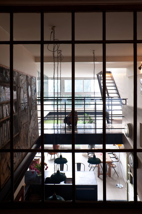 un loft para una pareja de dise adores parisinos el tornillo que te falta. Black Bedroom Furniture Sets. Home Design Ideas