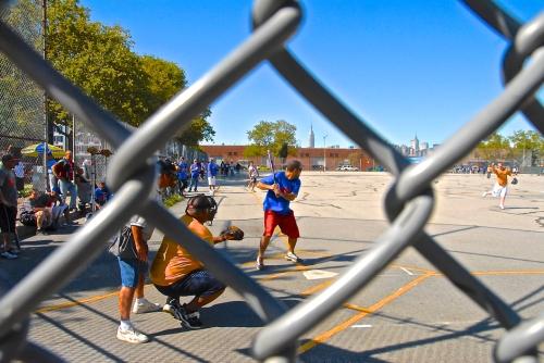 4-Domingo de Beisbol en McCarren Park - LOW