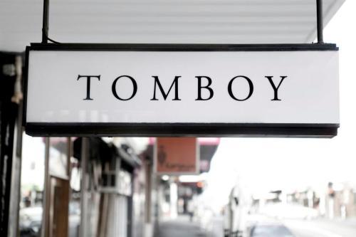 Tomboy - Lilli Waters (1)