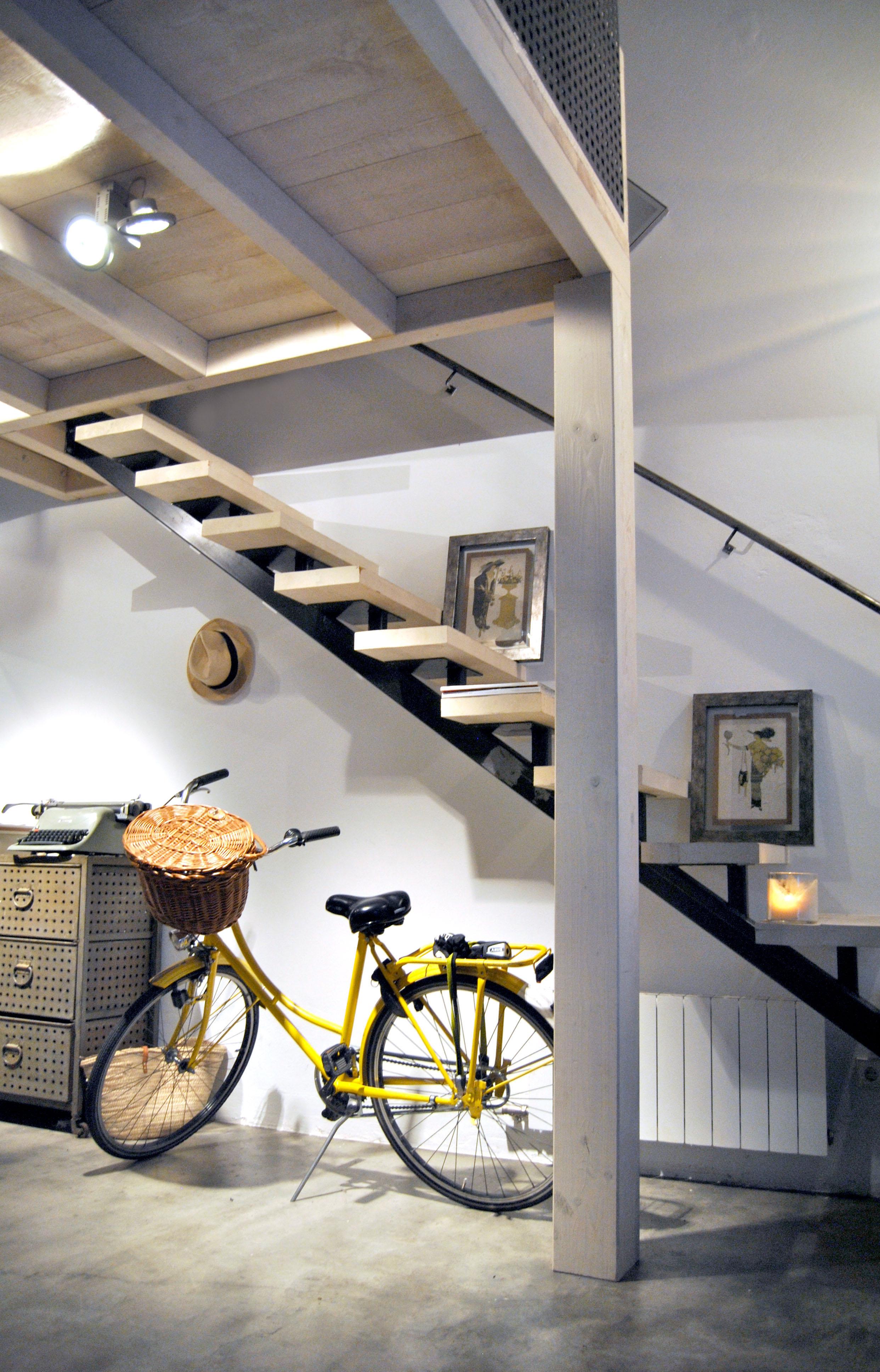 Loft en barcelona de estilo industrial y vintage el for Decoracion de loft pequenos