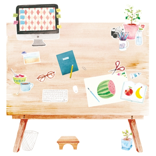 amy-borrell-desk_1