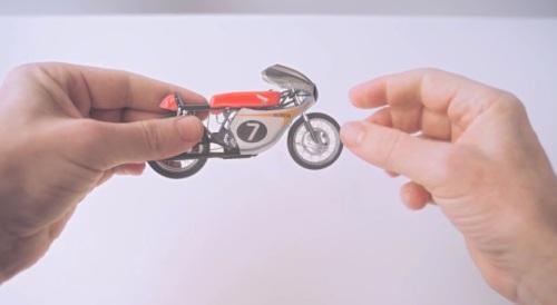 Honda - Hands (1)