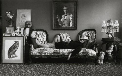 ARNOLD NEWMAN - Truman Capote