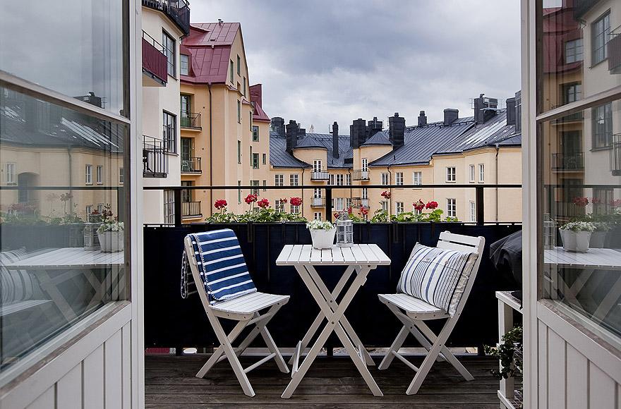 Ideas para una peque a terraza el tornillo que te falta for Sofas para terrazas pequenas