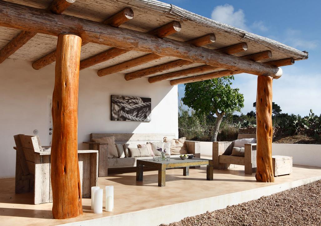 Exteriores de una casa en formentera el tornillo que te - Diseno terrazas exteriores viviendas ...
