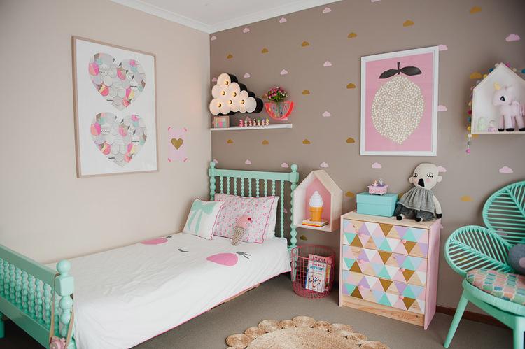 Un dormitorio infantil para una ni a el tornillo que te - Dormitorio infantil nina ...