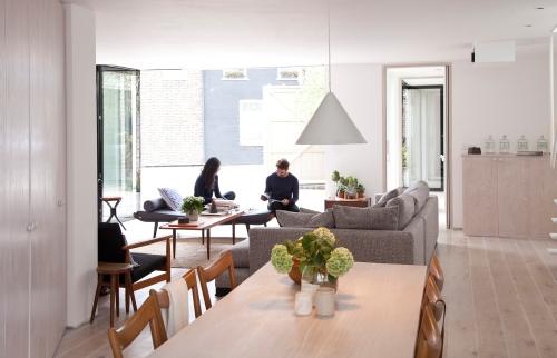 Una casa minimalista (10)