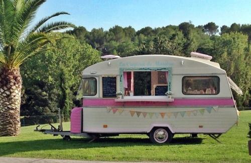 Food trucks (6)