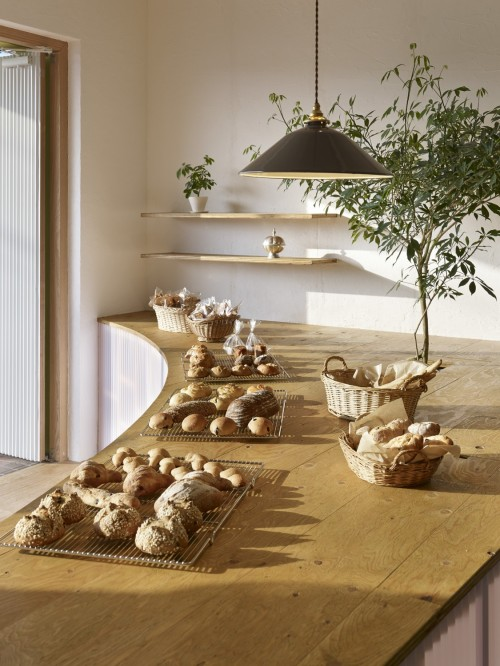 Bread Table (4)