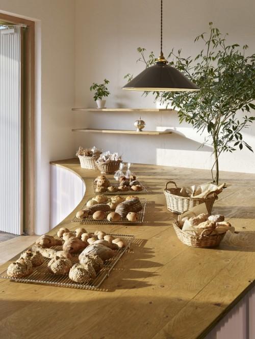 Bread Table (4)